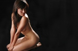How To Photograph A Nude Woman