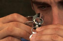 How To Examine Diamonds