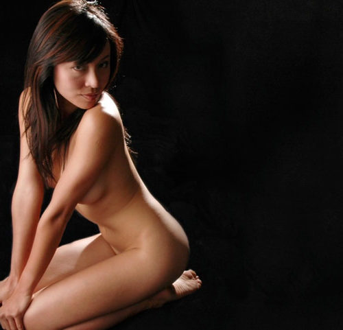14 HT Photo Female Nude Picture 634x481