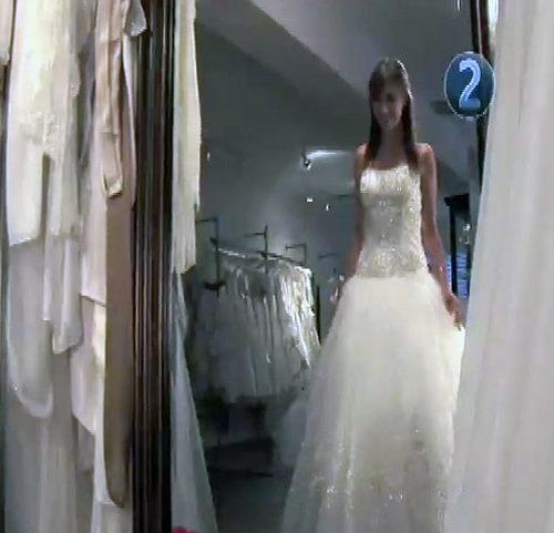 17 HT Choose A Wedding Gown 634x481
